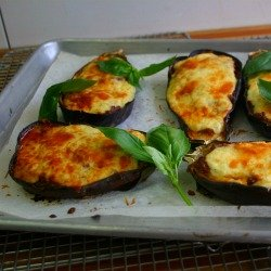 Papoutsakia (Little Shoes) With Grated Halloumi