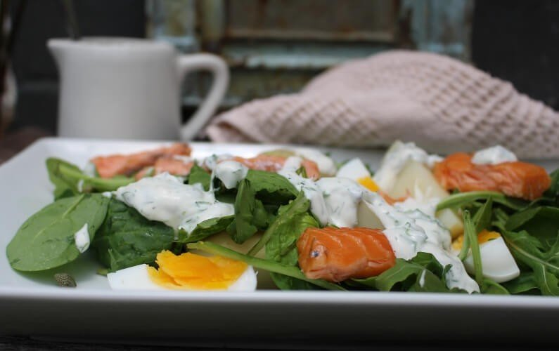 Salmon Salad with Easy Greek Yoghurt Dressing