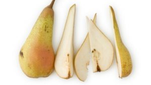 sliced pear for halloumi salad